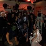 La pandilla de monstruos en el karaoke del ultimo ensayo de Zaragoza